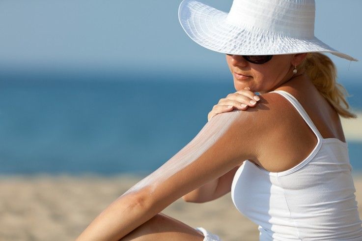 SuncreenSaves Lives.Medical research has demonstrated that regular use of sunscreen can reduce the damaging effects of sun exposure and help to decrease the risk of developing melanoma.